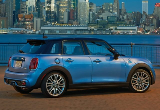 mini-cooper-4dr-cars-ru-3
